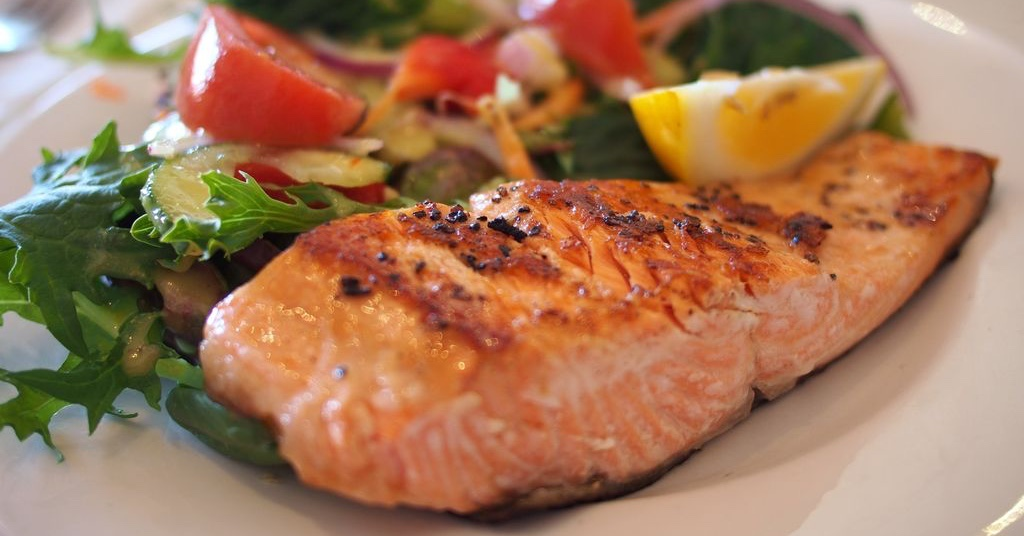 salmon-dish-food-meal-46239_ergebnis.jpg